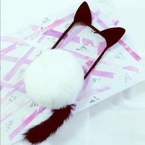 iPhone 7 Plus Black and White Cat Pompom Case